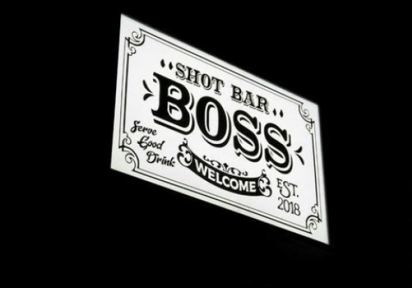 SHOT BAR BOSS